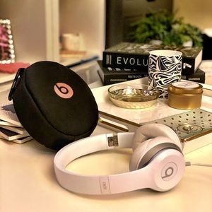Beats headphones and carrying case